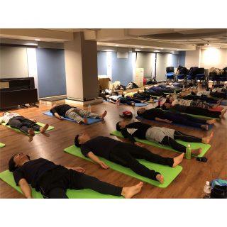 2019.12.18 出張ヨガ大阪 Ayus Yoga